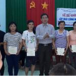 Tuy Phước: Bế giảng lớp đào tạo nghề may công nghiệp cho lao động nông thôn ở xã Phước Nghĩa.